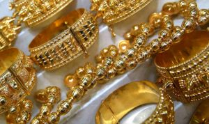 'Salaries in Gems & Jewellery Sector Lowest Across Manufacturing Sector'