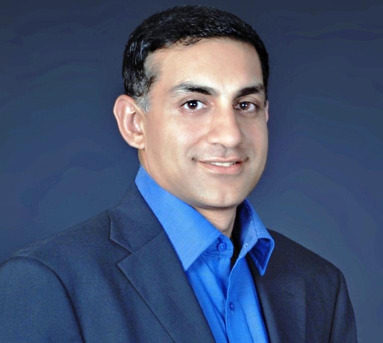 Nikhil Arora, Godaddy, VPS