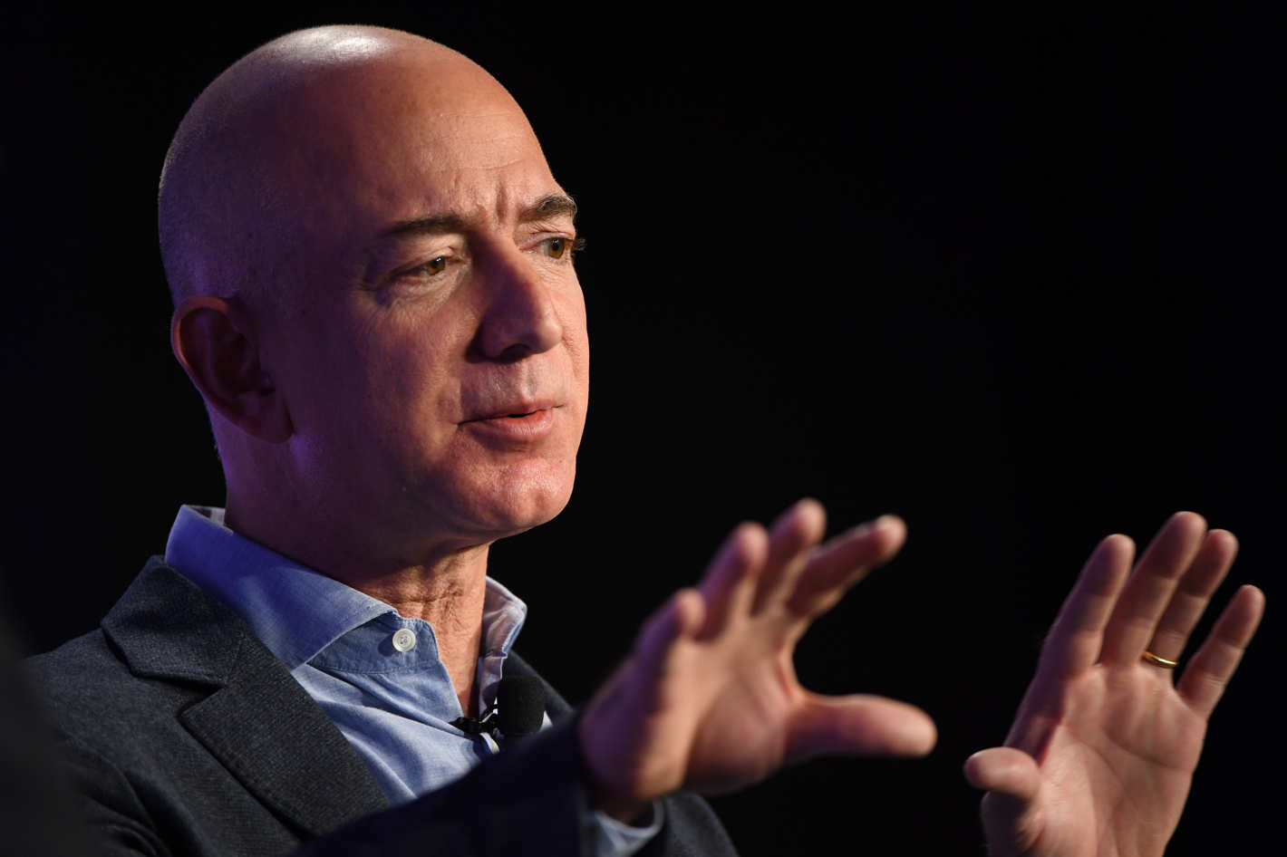 Jeff Bezos Says Bye Bye to Amazon as the CEO and Set to Foray in Space Tech Business Blue Origin