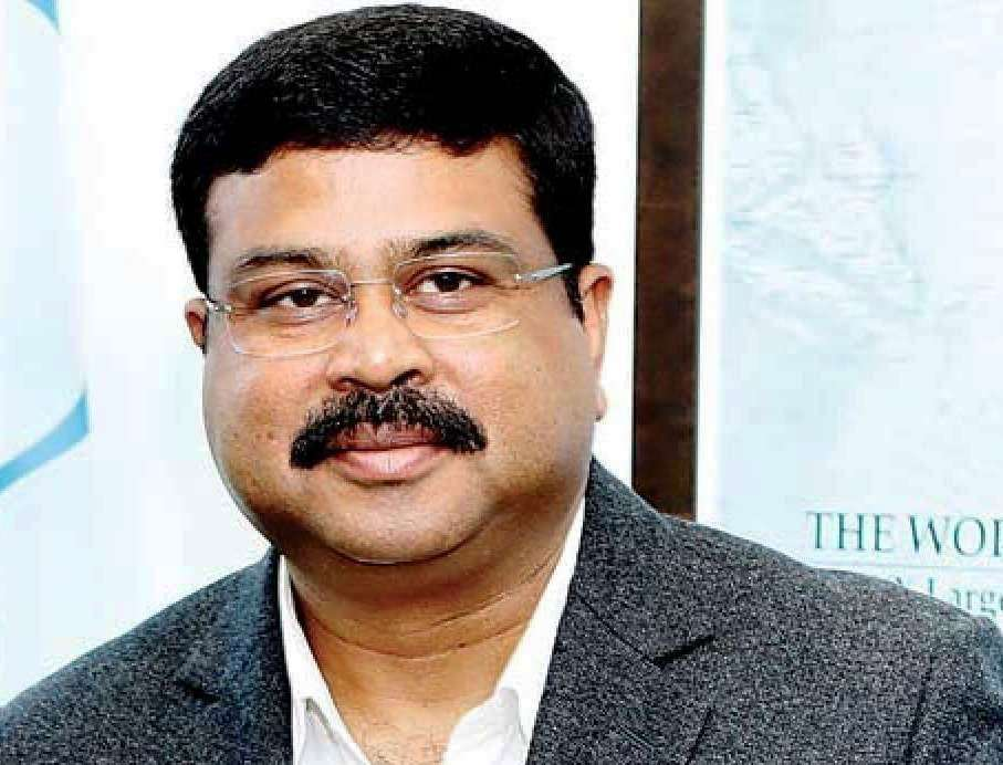 Dharmendra Pradhan Emphasised the Importance of Clean Fuel to Promote Tourism