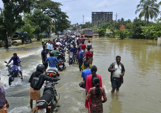 Kerela Floods, Stock Market, BSE, NSE
