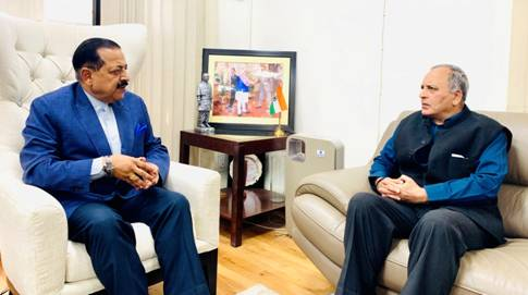 Newly Appointed Chief Information Commissioner Bimal Julka Calls On Union Minister Dr Jitendra Singh At New Delhi