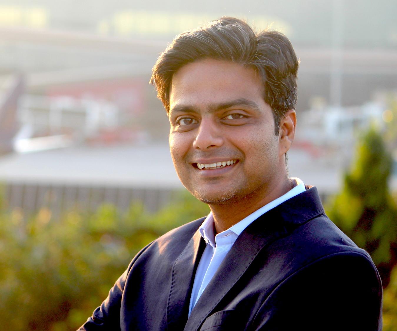 Dharit Parikh, HiGrocer, Online commerce, SMEStreet