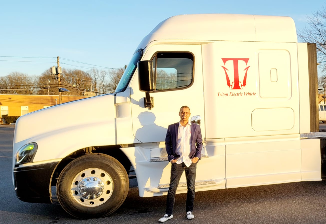 Foxbase Technologies Places an Purchase Order Worth $600 Million for Triton EV Semi Trucks
