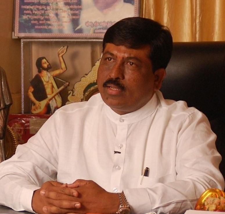Murugesh Nirani, Karnataka